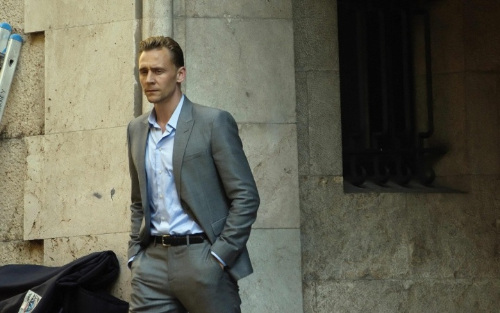 1Tom-filming-The-Night-Manager-tom-hiddleston-38539059-1280-847